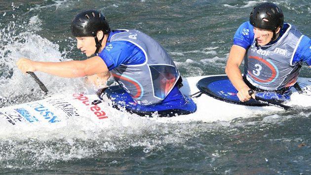 Deblkanoisté Jonáš Kašpar (vlevo) a Marek Šindler, čtvrtí na mistrovství světa v Pau.