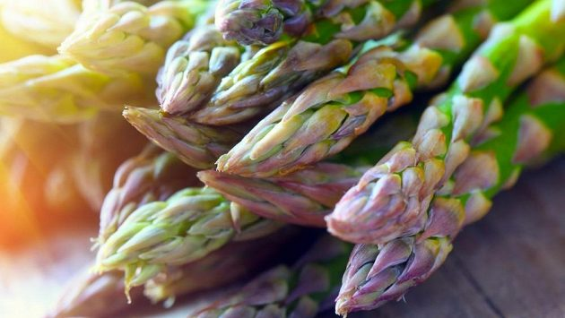 Asparagus - jen si tak trochu zachřestit.
