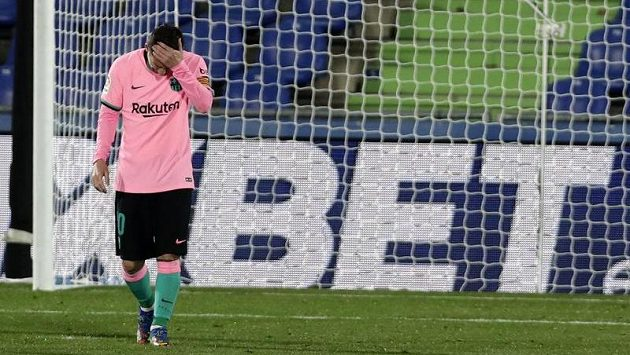 Barcelona jedná s fotbalisty o snížení platů, ti na dohodu nepřistoupili. Archivní foto