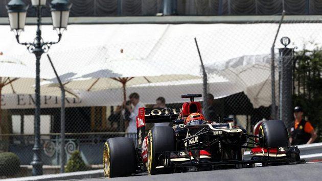 Kimi Räikkönen při sobotním tréninku na VC Monaka.