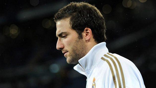 Gonzalo Higuaín opoští Real Madrid. Místo Arsenalu však zakotví v Neapoli.