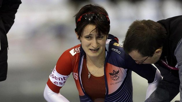 Rychlobruslařka Martina Sáblíková v bolestivé grimase po závodu na 1500 m.