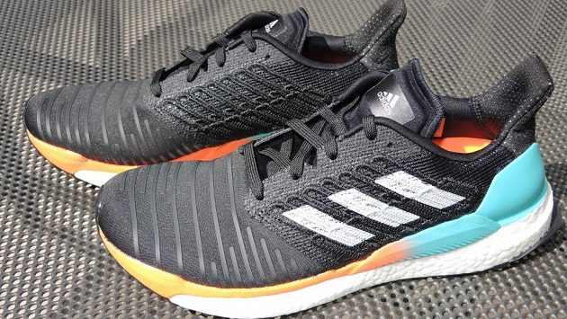 9053fcdc8 TEST: Běžecké boty Adidas Solar Boost ‒ sluneční vzpruha pro váš ...