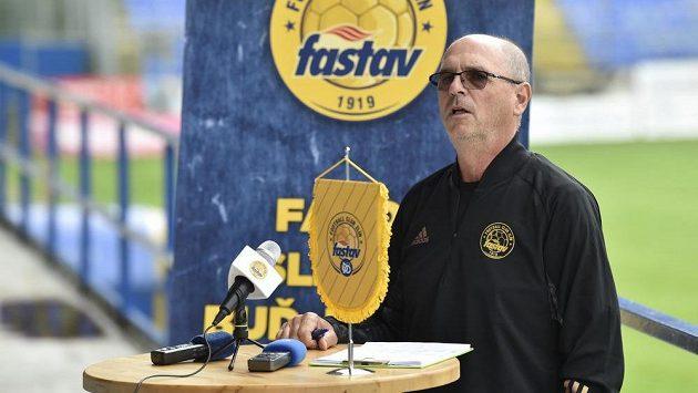 Trenér fotbalového klubu FC Fastav Zlín Bohumil Páník.