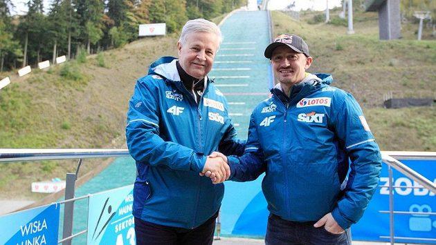 Adam Malysz (vpravo) se vrací ke skokům na lyžích.