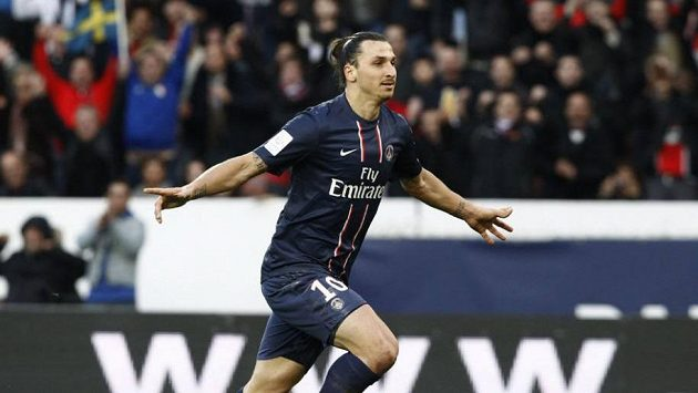 Kanonýr Paris Saint-Germain Zlatan Ibrahimovic.