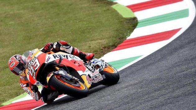 Španělský motocyklista Marc Márquez prodloužil smlouvu s Hondou.