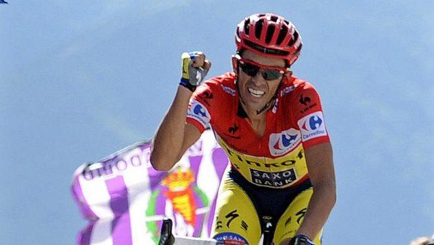 Alberto Contador na trati letošní Vuelty.