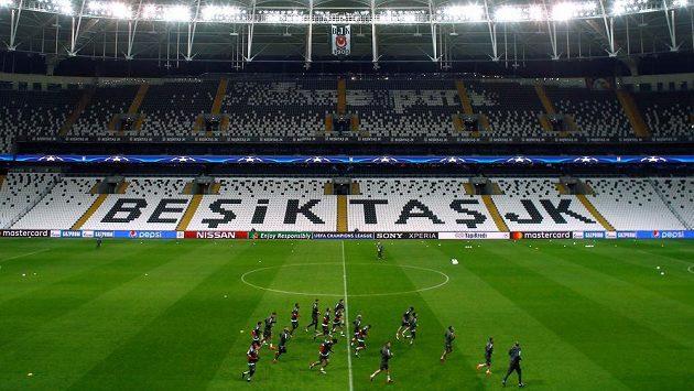 Fotbalisté Besiktase Istanbul hostí na svém stadiónu v odvetě osmifinále Ligy mistrů Bayern Mnichov - ilustrační foto.