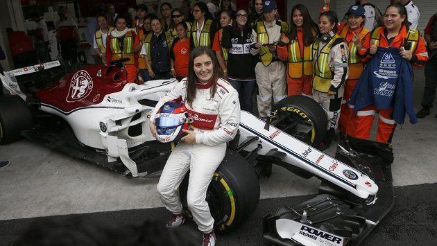 Tatiana Calderónová se svezla ve formuli 1.