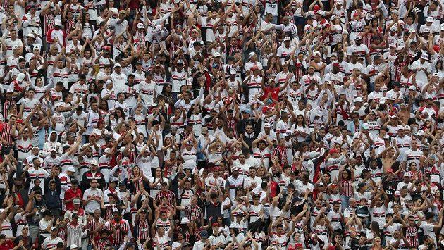 Jihoameričtí fotbaloví fanoušci - ilustrační foto
