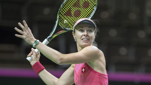 Švýcarka Martina Hingisová při tréninku před utkáním Fed Cupu s Českem.