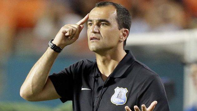 Zešíleli jste? Manažer Evertonu Roberto Martinez si o nabídce Rudých ďáblů myslí své.
