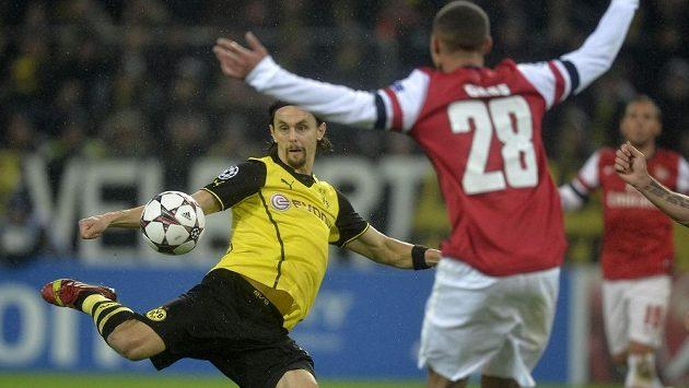 Srbský reprezentační obránce Neven Subotič v dresu Dortmundu.