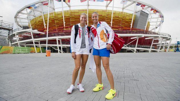 České tenistky Andrea Hlaváčková (vlevo) a Lucie Hradecká konečně v Riu spolu.