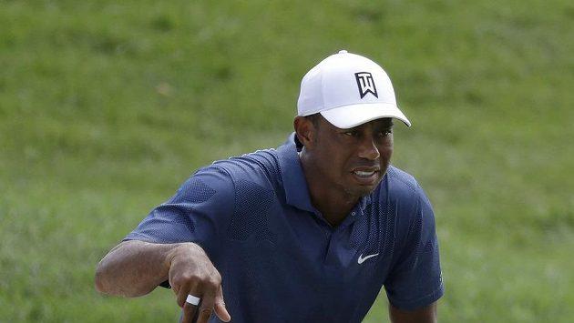 Americký golfista Tiger Woods během turnaje Memorial v Dublinu.