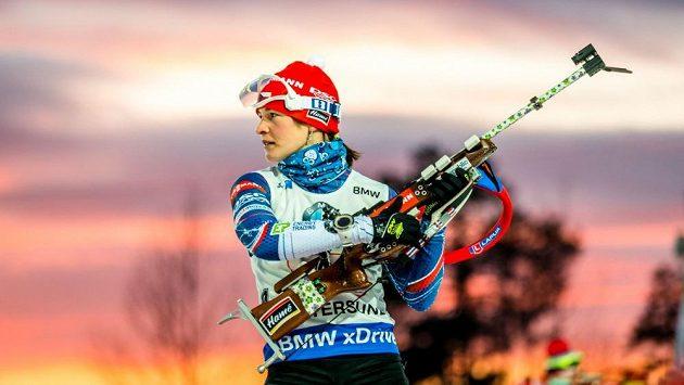 Veronika Vítková se ve smíšené štafetě v Östersundu při střelbě trápila.