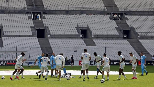 Trénink fotbalistů Marseille na stadiónu Velodrome.