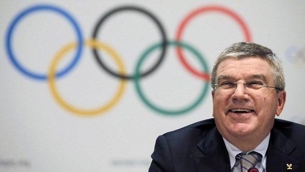 Šéf olympijského hnutí Thomas Bach v Monaku představil chystané změny.
