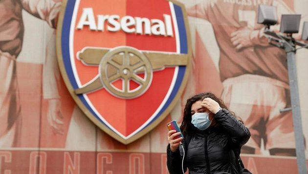 Arsenal se po pozitivním testu kouče Mikela Artety na koronavirus uzavřel do izolace. Ilustrační foto.