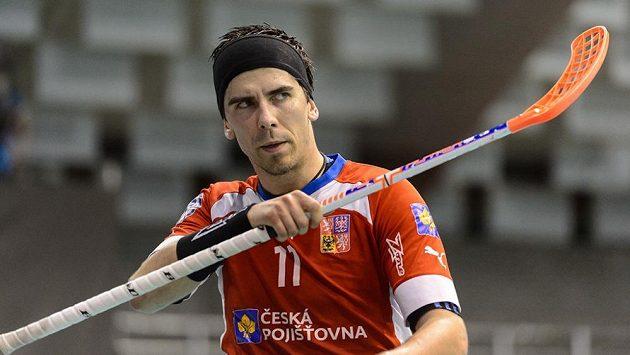 Florbalový útočník Tomáš Sladký.