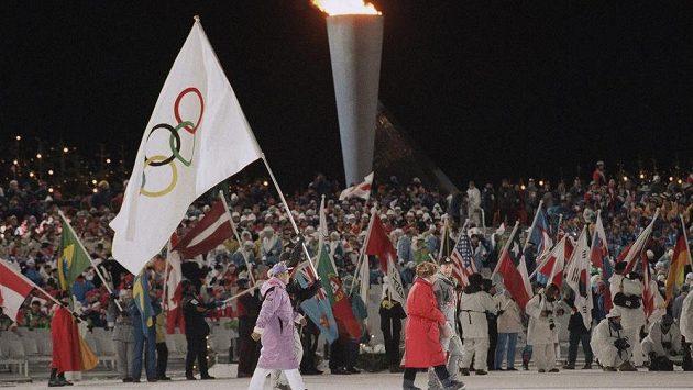 Olympijský oheň by se mohl vrátit do Kanady. Tamní vláda podpořila kandidaturu na ZOH 2026 - archivní snímek ze ZOH 1994 z Lillehameru.