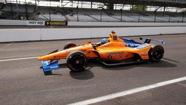Fernando Alonso nezvládl kvalifikaci na Indy 500.