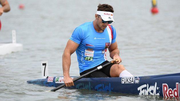 Martin Fuksa za cílem finále kilometru na mistrovství světa v Szegedu.