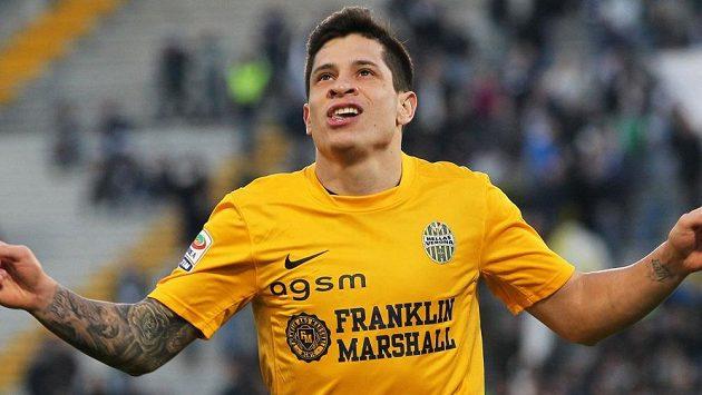 Argentinský talent Juan Manuel Iturbe přestoupil z Hellasu Verona do AS Řím.