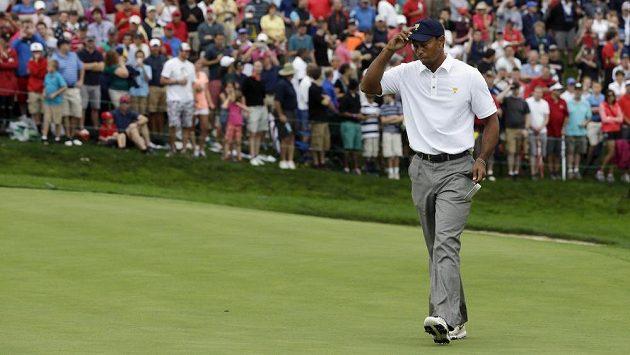 Rozhodující bod získal Američanům Tiger Woods.
