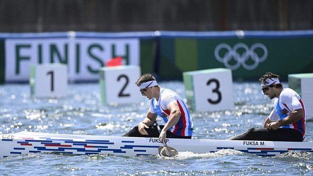 Zklamaní (zleva) Petr Fuksa a Martin Fuksa z ČR úpo olympijském finále.