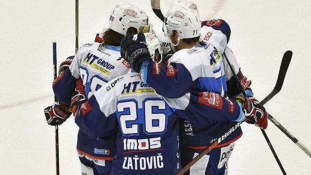 HOKEJ ON-LINE: Kometa vrepríze posledního finále vede! Zaskočí Boleslav neoblíbené Tygry?