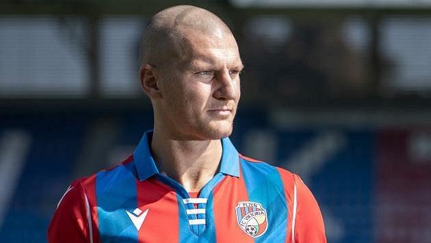 Zdeněk Ondrášek podepsal tříletý kontrakt s Viktorií.