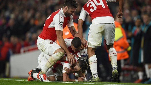 Fotbalisté Arsenalu - ilustrační snímek.