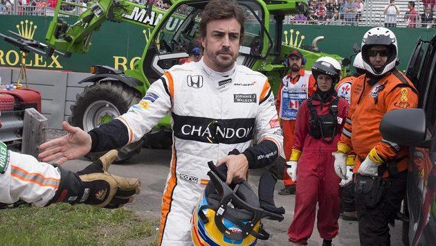 Španěl Fernando Alonso měl se svým McLarenem při prvním tréninku v Kanadě opět problém. Ve druhém tréninku už ale Španěl zajel sedmý nejrychlejší čas.