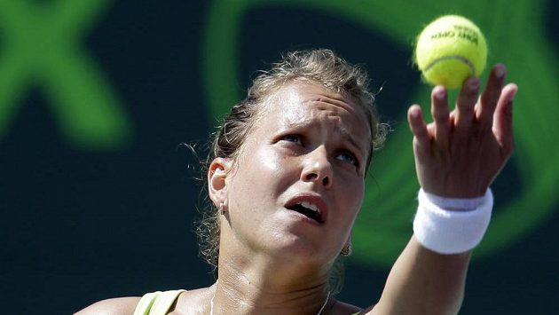 Barbora Záhlavová-Strýcová v utkání s Robertou Vinciovou z Itálie.