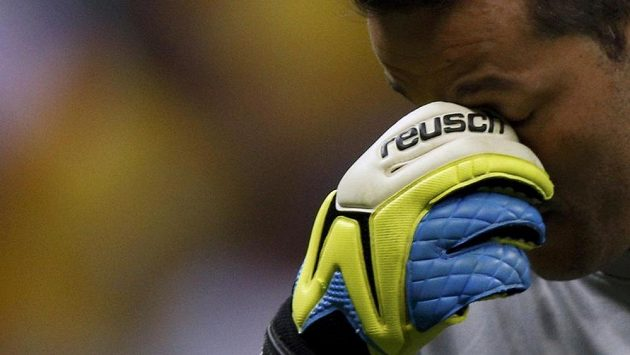 Gesto brazilského brankáře Júlia Césara jasně definuje průběh utkání o bronzové medaile s Nizozemskem (0:3).