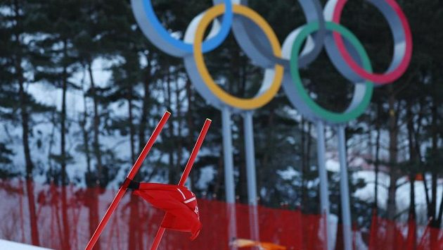 V hlavní roli je na olympiádě často počasí. Kvůli silnému větru se odkládá závod obřího slalomu žen, stejně jako finále slopestylu.