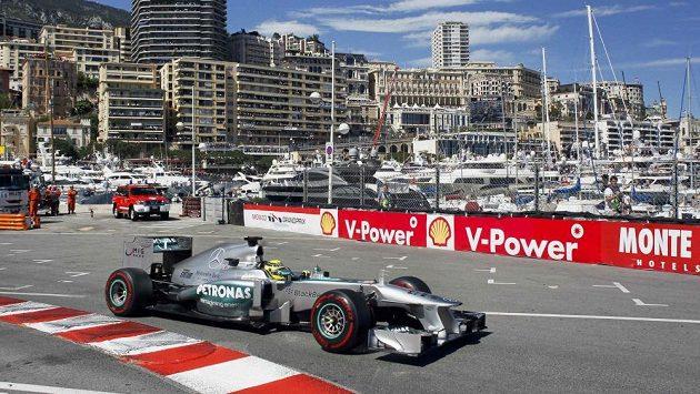 Velkou cenu Monaka vyhrál Němec Nico Rosberga právě s mercedesem.
