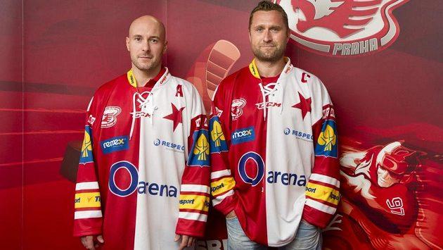 Slávisté Jaroslav Bednář (vpravo) a Tomáš Vlasák.