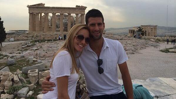 Novak Djokovič s Jelenou Rističovou v Aténách.