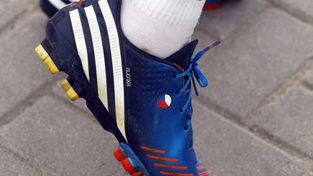 Kopačky Marka Suchího na EURO 2012 s vyšitým jménem manželky Alenky.