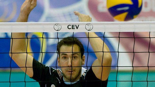 Michal Sukuba z Českých Budějovic při duelu volejbalové Ligy mistrů