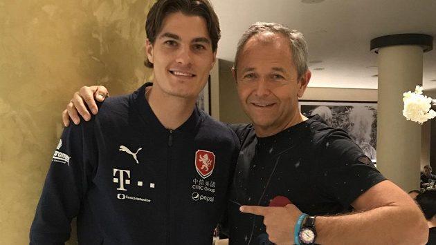 Fotbalista Patrik Shick a Jan Mühlfeit.