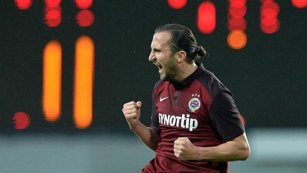 Záložník Sparty Petr Jiráček se raduje z gólu, který vstřelil Liberci.