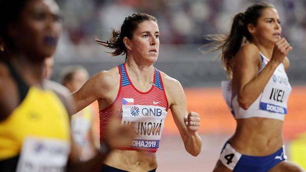 Zuzana Hejnová v semifinále čtvrtky překážek na mistrovství světa v Dauhá.