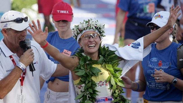 Jestli se někdo opravdu umí radovat z vítězství, je to tato žena.