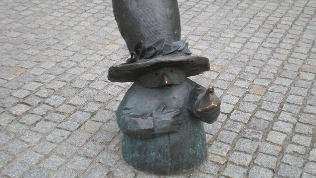 Jeden z tradičních trpaslíků, kterých je ve Vratislavi plno.