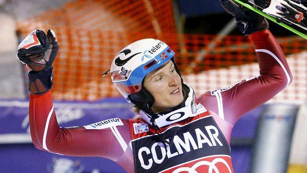 Nor Henrik Kristoffersen vyhrál slalom Světového poháru v Madonně di Campiglio.