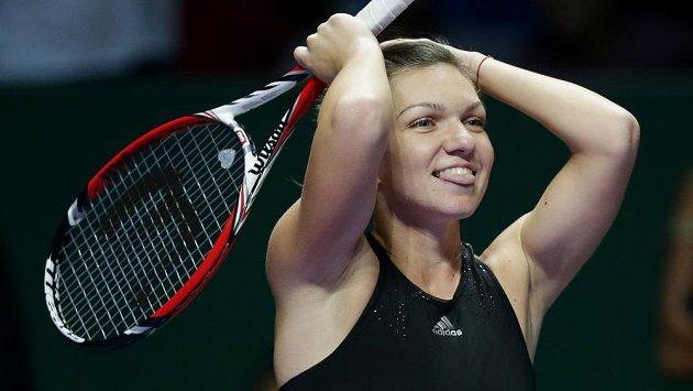 Rumunská tenistka Simona Halepová po výhře nad světovou jedničkou Serenou Williamsovou na Turnaji mistryň.